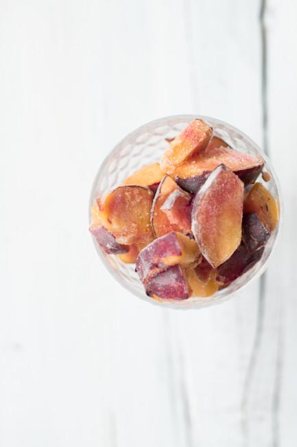 Selbstgemachtes Pfirsicheis mit Kokosraspeln-5