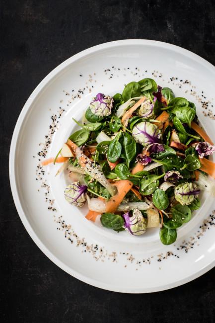 Rosenkohl als Salat