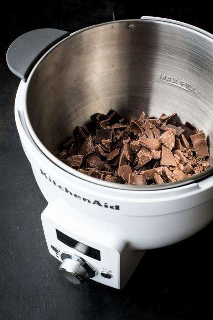 Waermeschuessel von KitchenAid: Schokolade richtig schmelzen