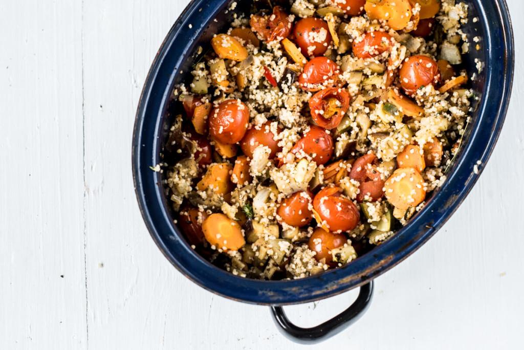 Low Carb: Sommerliches Ofengemüse mit Kräutern