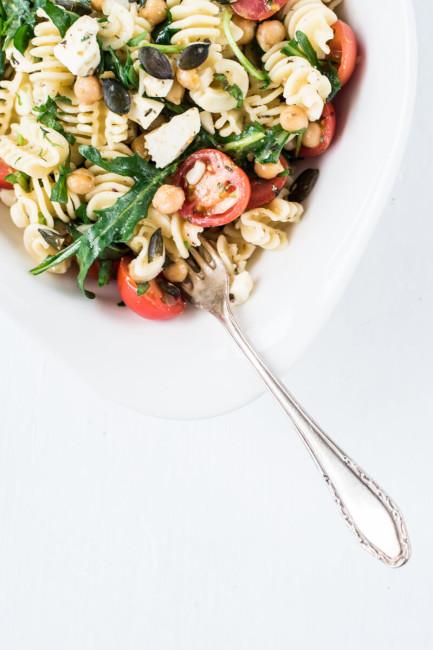 Schneller Pastasalat: Salate zum Grillen