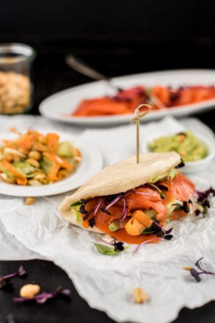 Rezept für Bao Bun Burger mit Lachs_Streetfood für Zuhause