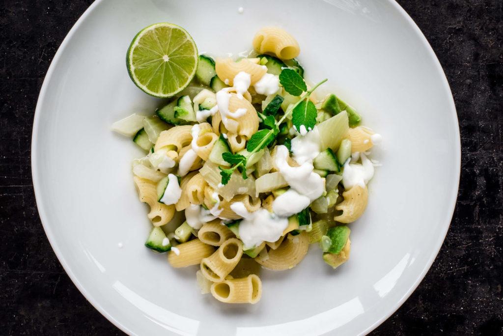 Pasta mit Avocado und Gurke: Was kochen mit Fenchel?