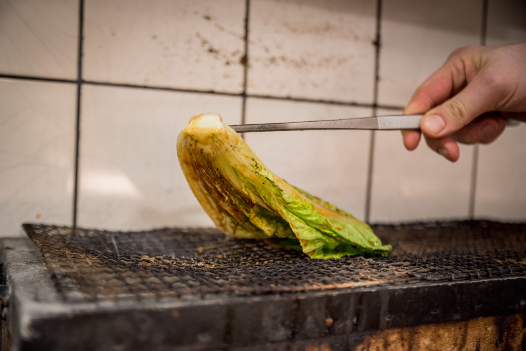 Japanischer Grill Salat gegrillt